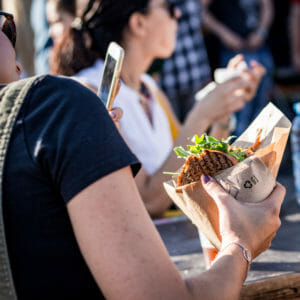 Selfie sandwich Street Bouche Festival #1